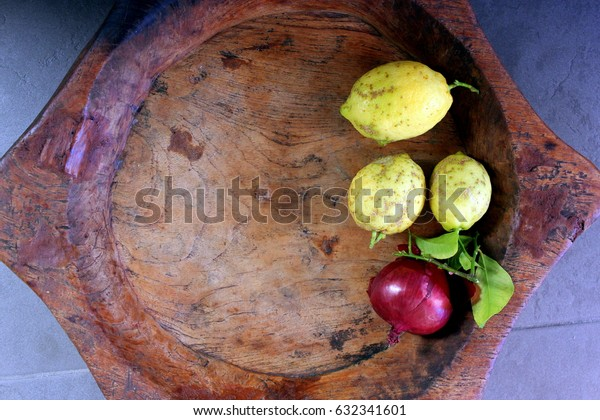 Empty Fruit Bowl