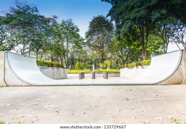 An empty halfpipe at public park