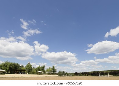 Empty horse race track for animals and jockey. A sport competition concept photo.