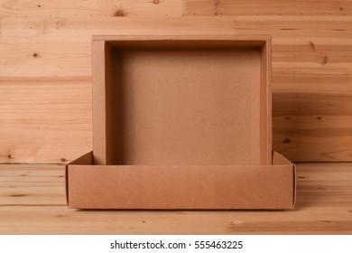 empty open paper box