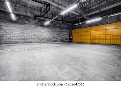 Empty Pit Garage