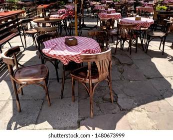 Terrasse De Cafe Images Stock Photos Vectors Shutterstock