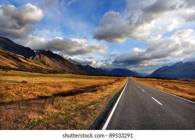 An empty road in Mount Cook National Park, south Island, New Zealand