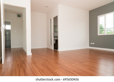 An empty rooms in a house waiting for decoration.