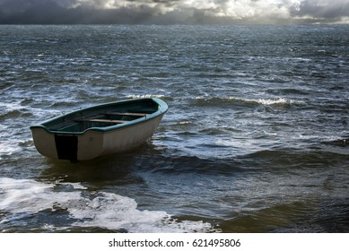 Rowboat Images Stock Photos Amp Vectors Shutterstock
