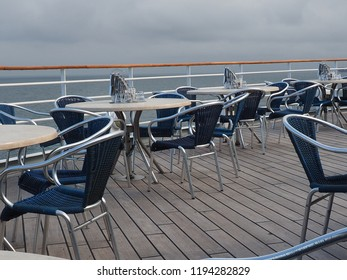 empty space on a plublic deck