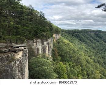 Endless Wall Trail - New River Gorge - Lansing, WV