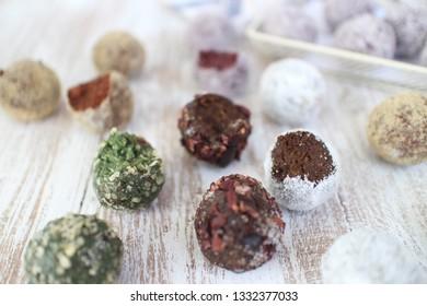 Energy balls. Spirulina Hempseed Balls, Cacao Cacao nips Balls and Cacao Coconut Flaxseed Balls.