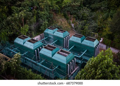 Energy generating turbine