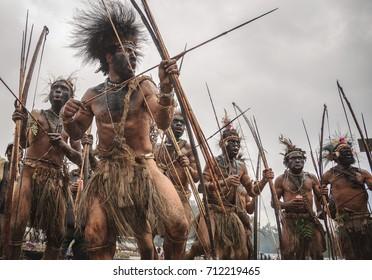 ENGA, PAPUA NEW GUINEA - AUGUST 14, 2011: An archery tribe in Enga province, Papua New Guinea