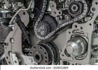 Engine cutaway with timing chain