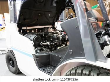Engine of forklift truck