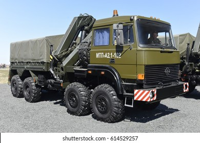 "Engineering vehicle, Kadamovskiy, Russia, September 11, 2016. Forum ""Army-2016"". Entry and shooting free."