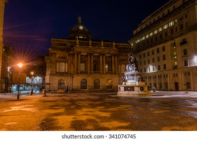 ENGLAND, LIVERPOOL - 15 NOV 2015: Nelson Monument and Town Hall by night