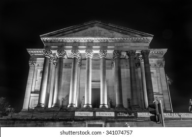 ENGLAND, LIVERPOOL - 15 NOV 2015: South side of St George's Hall by night black and white photography