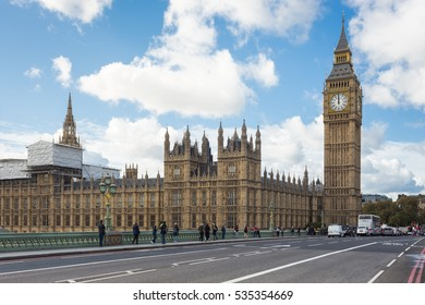 ENGLAND, LONDON - OCT 18, 2016 : The Big Ben, the Houses of Parliament and Westminster Bridge with blue sky in London, England, UK