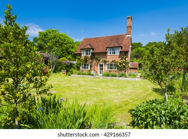 Traditional English Cottage Images Stock Photos Vectors