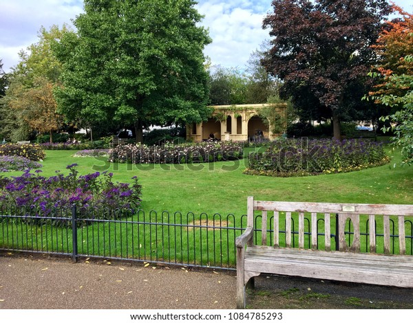 Astonishing English Garden Park Bench Small Building Stock Photo Edit Caraccident5 Cool Chair Designs And Ideas Caraccident5Info