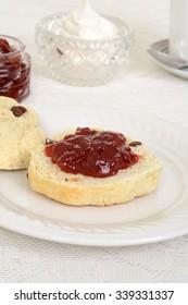 english scone with jam