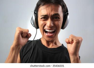 enjoy music