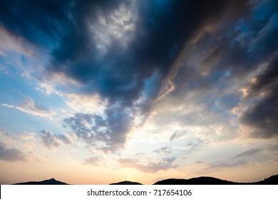 profitant du coucher de soleil sur la plage (Canon EOS 5D Mark IV   Sigma 12-24mm F4 DG HSM Art Lens )