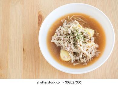 Enoki mushrooms fried with egg tofu and minced pork
