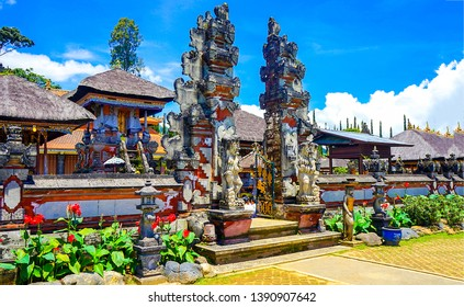 Entrance in Buddhist temple view. Buddhism art in Buddhist temple. Buddhism temple entrance. Buddhist temple entrance view