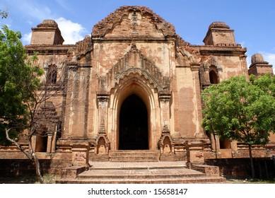 Entrance of Dhammayan Gyi temple in Bagan, Myanmar