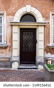 The entrance door to the old house, Warsaw