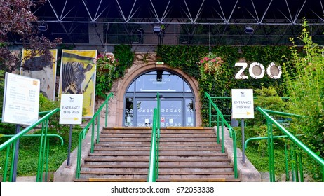 Entrance to Edinburgh Zoo on Corstorphine Hill.  The only zoo in the UK to house Giant Panda's.  Edinburgh Scotland July 2017 jULY 2017