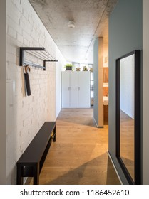 Entrance hall and entrance door to studio apartments.