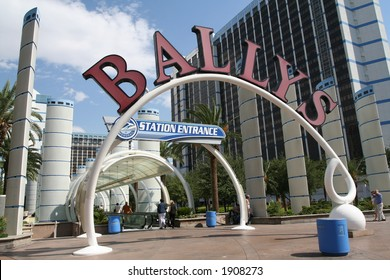 entry to Bally's hotel