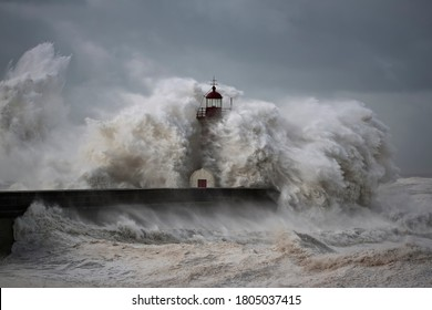 Entry of Douro River harbor on the first big storm of the year; Wind gusts reach 140/150 Kms; photo taken on Jan. 19, 2013.