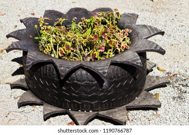 Environmental education with old tire reuse that serves as flower gardener