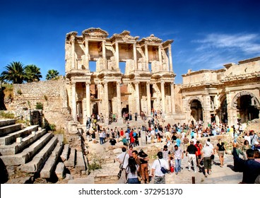 EPHESUS,TURKEY - 23 september 2009 ; Every day a big crowd of tourists are visitng the famous ancient city of Ephesus in Turkey