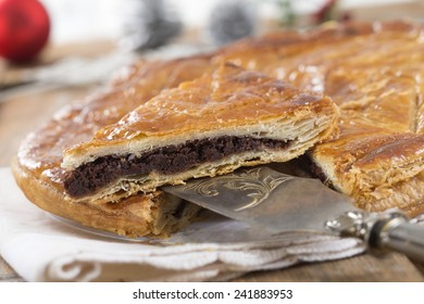 epiphany cake stuff with almond or chocolate