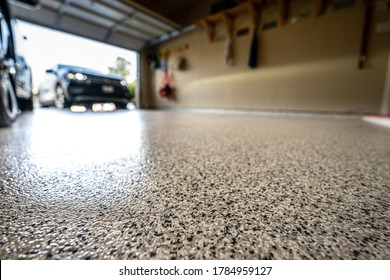 Epoxy floor in home garage
