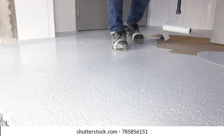 Epoxy floor surface preparetion cover with first white layer