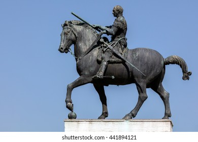 Equestrian statue of the Venetian general Gattamelata (Erasmo da Narni) in Padua, Italy. Cast in 1453 by Donatello, was the first full-size equestrian bronze cast since antiquity.