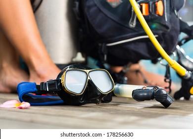 Equipment for divers, oxygen bottle