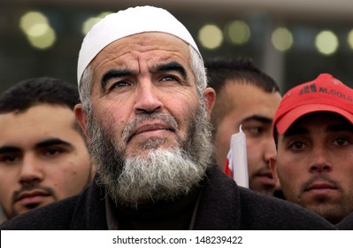 EREZ CROSSING, ISR - JAN 22:Raed Salah abu shakra and supporters on Jan  22 2008. He is the leader of the northern branch of the Islamic Movement in Israel.
