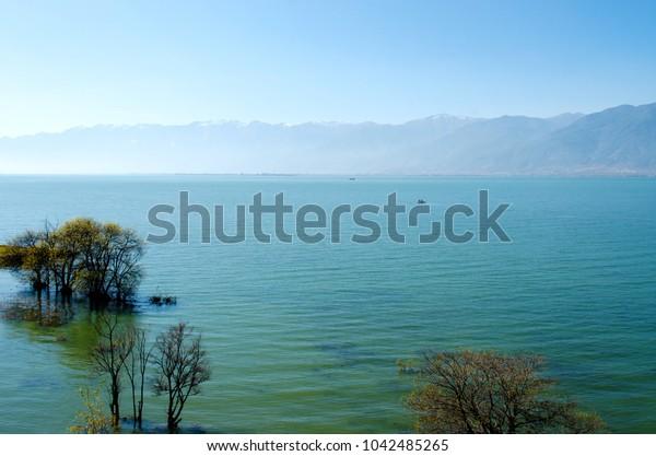 Erhai natural scenery
