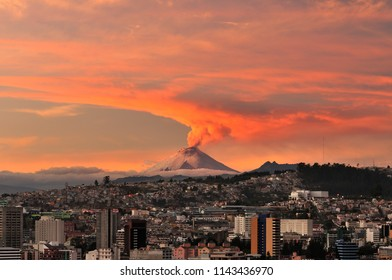 Eruption of the Cotopaxi volcano seen from the city of Quito