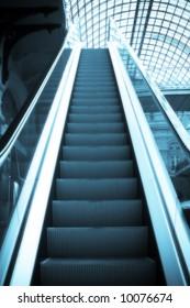 Escalator in the shopping centre
