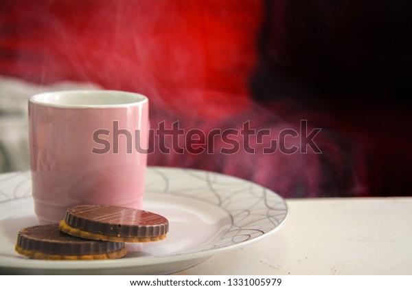 espresso-coffee-cappuccino-cup-pink-600w
