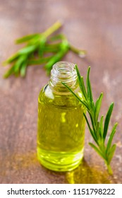 essential oil and perfume from medicinal plant rosemary