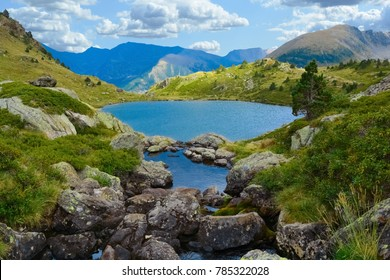 Estanys de Tristaina: high-mountain lakes in Andorra
