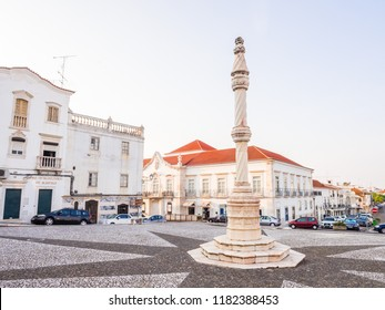 ESTREMOZ, PORTUGAL – AUGUST 23, 2018: Central square of Estremoz with a marble pillory in Manueline style