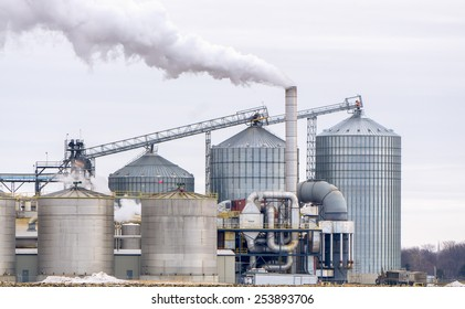 Ethanol Refinery in the American Midwest