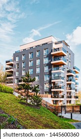 EU Modern residential building. And outdoor facilities.